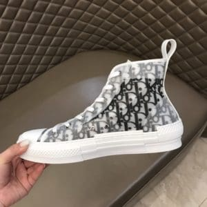B23 HIGH-TOP SNEAKER WITH DIOR AND SHAWN BEE EMBROIDERY PATCH