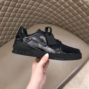 LOUIS VUITTON TRAINER SNEAKER - LV202