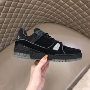 LOUIS VUITTON LV 408 TRAINERS IN SUEDE & GRAY FLANNEL - LV222