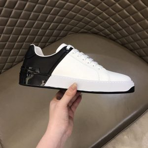 BALMAIN LEATHER B-COURT BICOLOR SNEAKERS IN WHITE/BLACK - BBR61