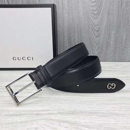 GUCCI LEATHER BELT WITH GG DETAIL - B46